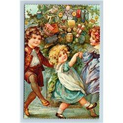 MERRY CHRISTMAS Little Boy n Girl dancing near Tree GLITTER Russian New Postcard