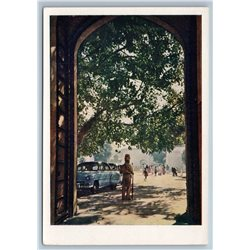 1958 INDIA At gate of castle in Jaipur Old Car Real Photo Soviet USSR Postcard